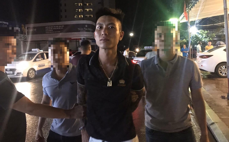 Gã trai giữ hai cháu bé trong nhà nghỉ rồi tra tấn vì nghi ngờ trộm ma túy