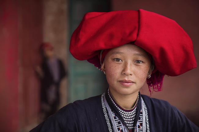 Dành 6 năm đi khắp 5 châu chụp ảnh phụ nữ, nhiếp ảnh gia gây bất ngờ với bản đồ sắc đẹp của thế giới, trong đó có Việt Nam - Ảnh 3.
