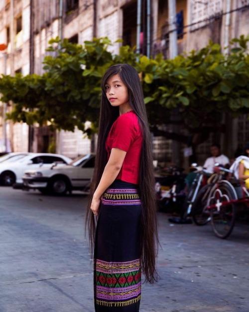 Dành 6 năm đi khắp 5 châu chụp ảnh phụ nữ, nhiếp ảnh gia gây bất ngờ với bản đồ sắc đẹp của thế giới, trong đó có Việt Nam - Ảnh 20.