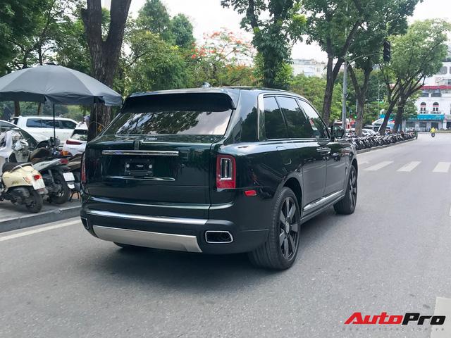 Rolls-Royce Cullinan của đại gia Hà Nội trở thành độc nhất Việt Nam nhờ hai chi tiết - Ảnh 5.