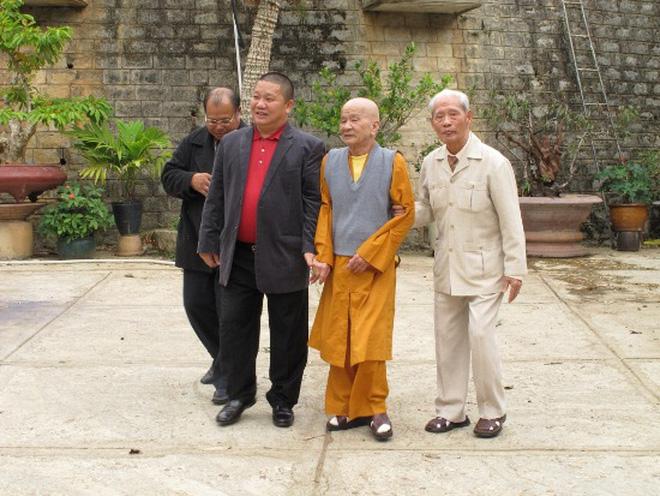 Chân dung Chủ tịch Hoa Sen Lê Phước Vũ - người vừa Quy y Tam bảo - Ảnh 4.