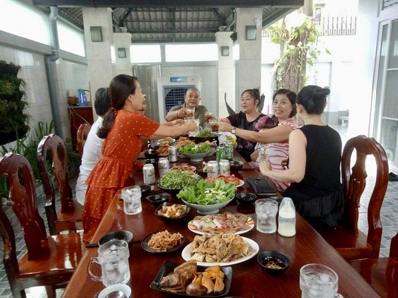 NSND Hồng Vân tiết lộ nơi bí mật, chưa bao giờ khoe ai trong biệt thự giữa lòng Sài Gòn - Ảnh 4.