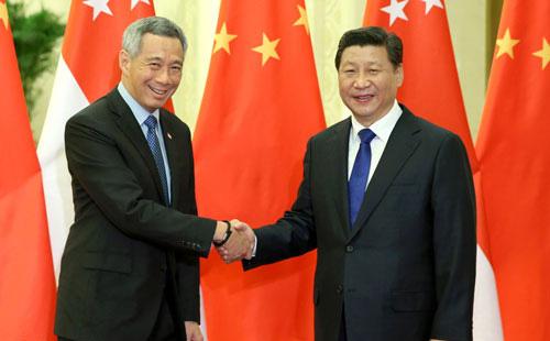 Gọi điện mừng ông Lý Hiển Long nhưng đính kèm thông điệp ẩn ý: Ông Tập ''dằn mặt'' chuyện biển Đông?