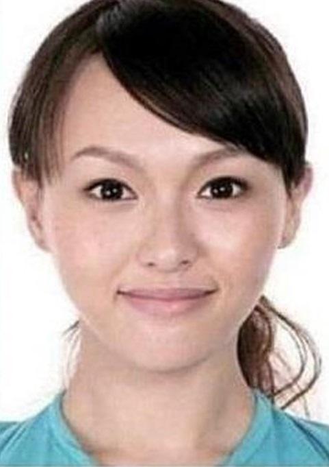 Soi ảnh thẻ thời mới chân ướt chân ráo vào nghề của loạt mỹ nhân Hoa ngữ: Chương Tử Di vẫn vậy, Triệu Lệ Dĩnh lại như cô thôn nữ - Ảnh 11.