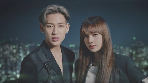 Màn dậy thì thành công của cặp bạn thân idol Thái hot nhất Kpop: Lisa lột xác, Bambam không cần gọi cô bạn là chị nữa rồi - Ảnh 3.