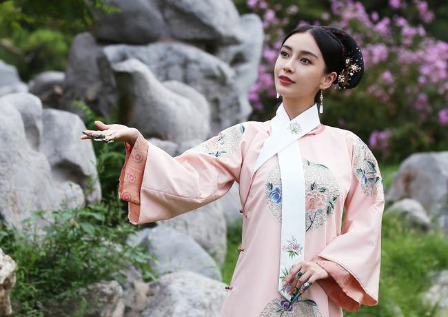 Chuyện về phi tần bị thất sủng của Hoàng đế Khang Hi: Sống thọ 96 tuổi, sinh con trai rồi trở thành nữ nhân huyền thoại trong hậu cung nhà Thanh - Ảnh 3.