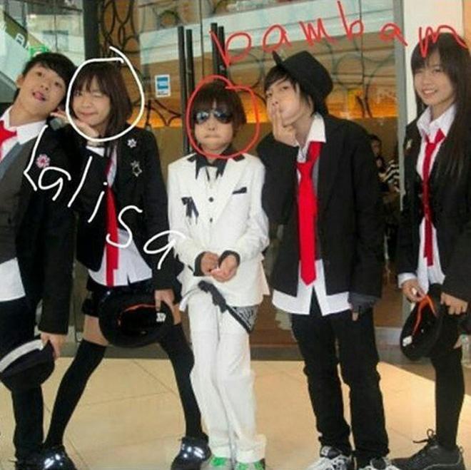 Màn dậy thì thành công của cặp bạn thân idol Thái hot nhất Kpop: Lisa lột xác, Bambam không cần gọi cô bạn là chị nữa rồi - Ảnh 4.