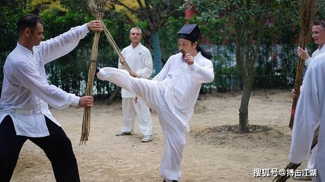 Chuyên gia võ thuật chỉ ra võ công thật sự ít người biết của Chưởng môn Võ Đang - Ảnh 4.