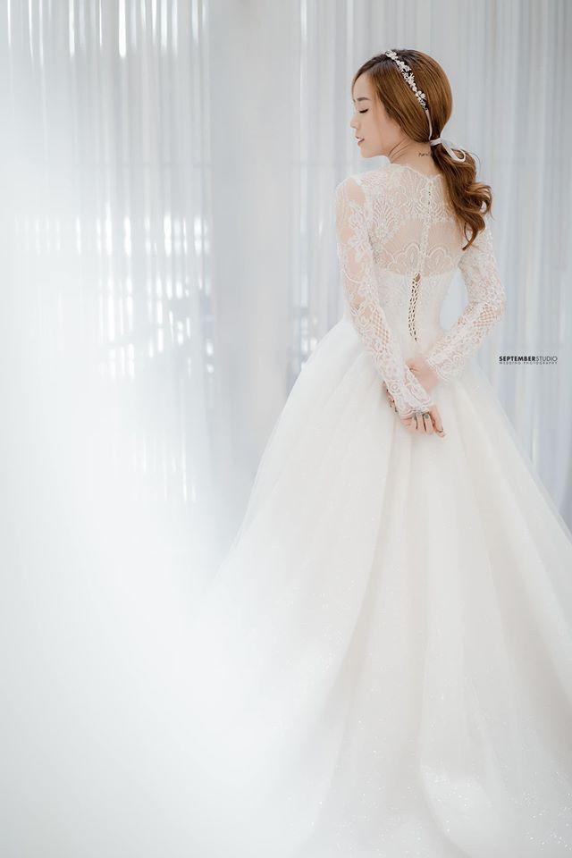 Vợ cũ Hoài Lâm bất ngờ diện áo cưới, tiết lộ tâm sự khiến nhiều người xót xa - Ảnh 1.