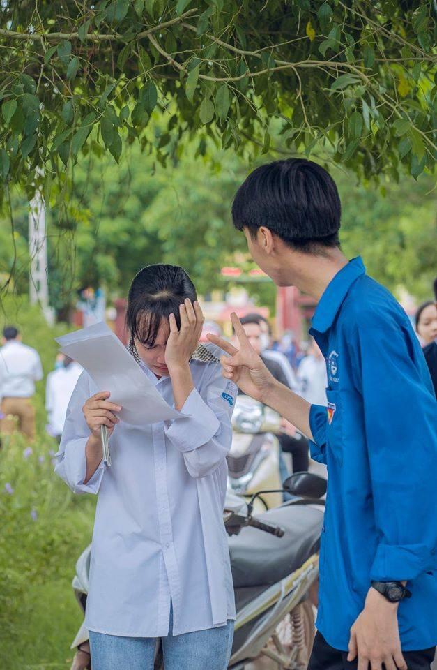 Hình ảnh giọt nước mắt mùa thi trông đến tội, ấy thế nhưng lời động viên cho nữ sinh mới chiếm spotlight với 90 ngàn lượt yêu thích - Ảnh 2.