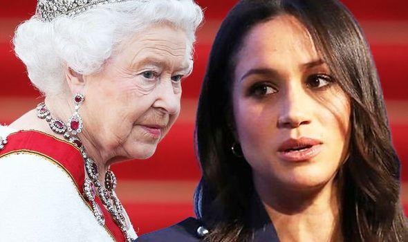 Đẳng cấp như Nữ hoàng Anh: Trị cháu dâu Meghan Markle chỉ bằng một thái độ duy nhất, đủ khiến cô tức tối nhưng không làm gì được - Ảnh 4.