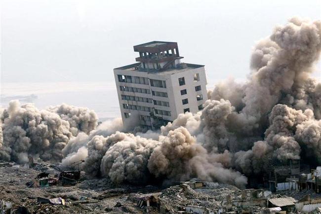 Ảnh độc thời dốc cạn sức xây đập Tam Hiệp Trung Quốc muốn giấu cả thế giới - Ảnh 3.