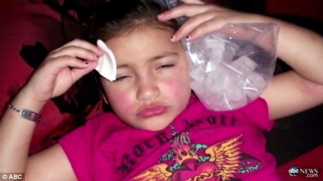 Hành trình giữ gìn nhan sắc đầy đau đớn của bé gái 8 tuổi với người mẹ ôm mộng muốn con làm siêu sao - Ảnh 6.