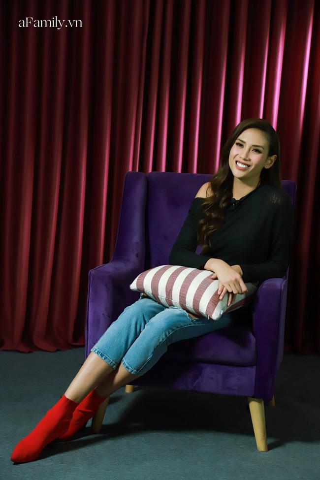 Võ Hoàng Yến tiết lộ bí mật động trời khiến cô đòi bỏ thi Hoa hậu Hoàn vũ Việt Nam, trốn về ngay trong đêm - ảnh 2