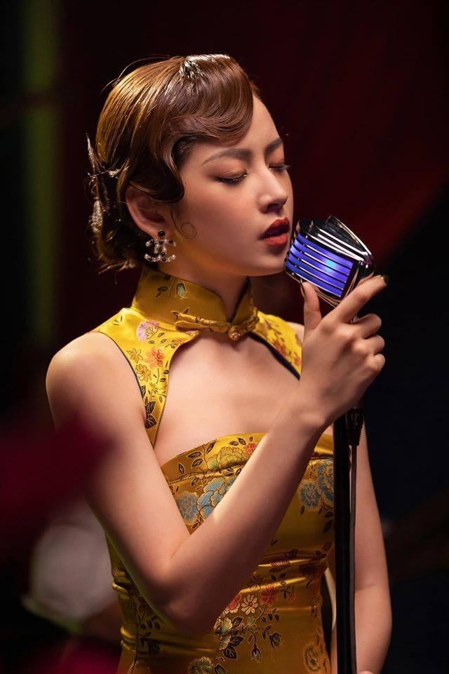 Nhìn lại chặng đường nhan sắc của Chi Pu: Hóa ra nữ ca sĩ gợi cảm bậc nhất Vbiz từng có cú lột xác ngoạn mục thế này - Ảnh 14.