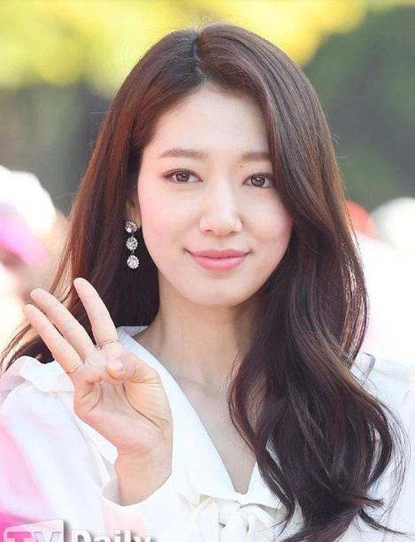 Top mỹ nhân Hàn Quốc có tầm ảnh hưởng nhất trên mạng xã hội Trung Quốc: Vụ ly hôn với Song Joong Ki cũng không giúp Song Hye Kyo vượt qua đàn em này - ảnh 8