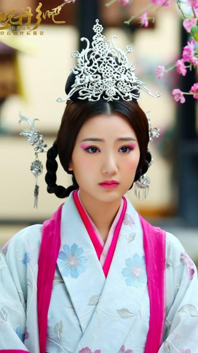 Nữ nhân mắc kẹt cả đời ở chốn thâm cung: 6 tuổi nhập cung làm Hoàng hậu, 15 tuổi trở thành Thái hậu và trải qua 4 đời Hoàng đế - Ảnh 1.