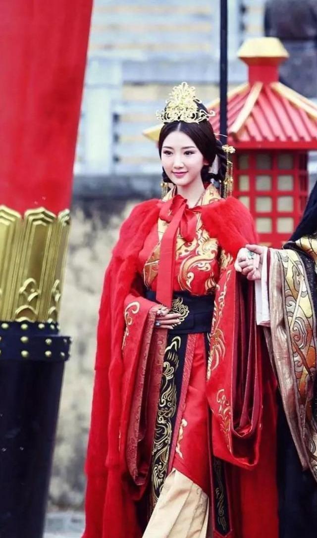 Nữ nhân mắc kẹt cả đời ở chốn thâm cung: 6 tuổi nhập cung làm Hoàng hậu, 15 tuổi trở thành Thái hậu và trải qua 4 đời Hoàng đế - Ảnh 3.