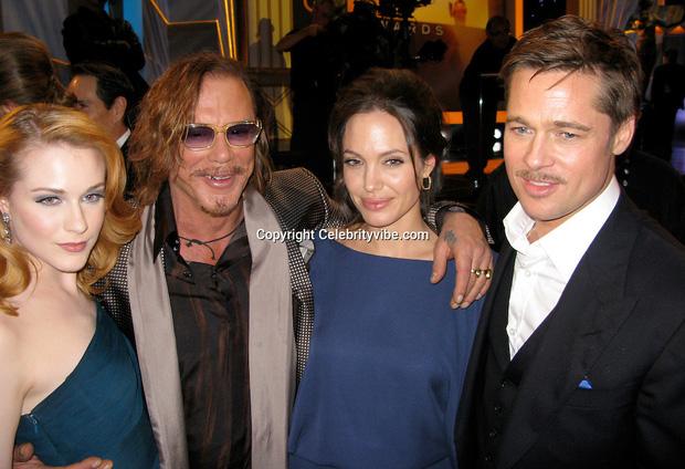 Rộ tin Angelina Jolie yêu đồng giới 2 mỹ nhân đình đám Hollywood, cưới Brad Pitt làm lá chắn - Ảnh 3.