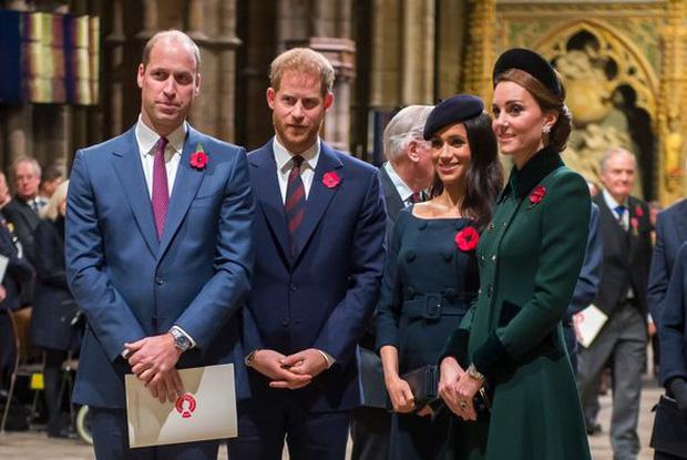 Sự cố khó xử khiến quan hệ của Meghan và Công nương Kate xuất hiện những rạn nứt đầu tiên, kéo cả anh em William và Harry vào cuộc - Ảnh 4.