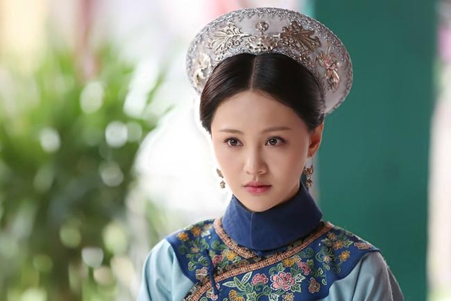 Phi tần tỏa hương thơm của Hoàng đế Khang Hi: Xuất thân thấp kém nhưng được sủng ái ngày đêm và sự thật sau lời mắng tiện phụ từ đế vương - Ảnh 1.
