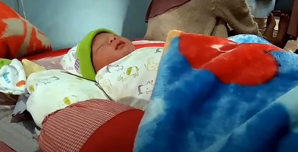 Bà mẹ tuyên bố mang thai 1 giờ đã sinh con, dân mạng tranh cãi sôi nổi với giả thuyết bất ngờ - Ảnh 3.