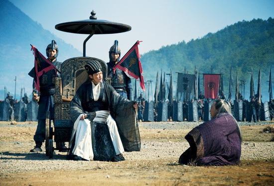 Tại sao dù còn khỏe mạnh, Gia Cát Lượng lại chọn ngồi xe lăn ra trận thay vì cưỡi ngựa? - Ảnh 6.