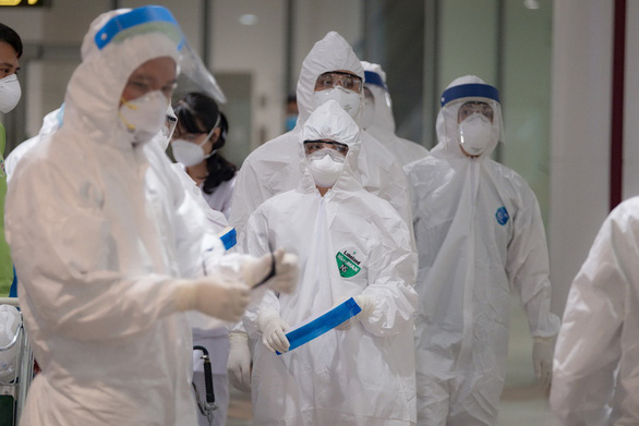 Tình hình 2 bệnh nhân mắc Covid-19 nặng ở Đà Nẵng hiện ra sao? - Ảnh 1.