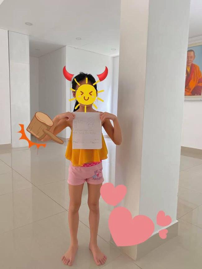 Con gái Công Vinh - Thủy Tiên mới 7 tuổi nhưng đã sở hữu đôi chân dài miên man giống mẹ - Ảnh 1.