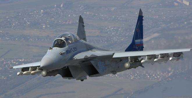 Iran khóa mục tiêu vào S-400, Su-35, Su-57 của Nga, tiêm kích J-10C TQ có ra rìa? - Ảnh 2.