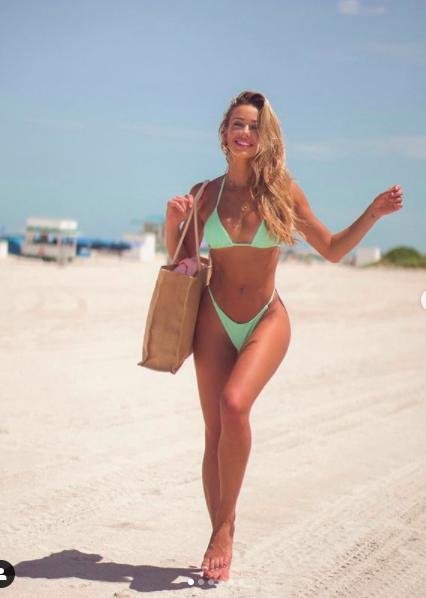 Mát mắt ngắm mẫu nội y 9x Cindy Prado giải nhiệt ngày hè với áo tắm  - Ảnh 1.