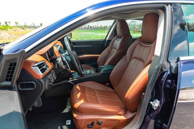 Mới chạy gần 20.000 km, chủ nhân Maserati Ghibli bán lại rẻ hơn xe mới gần 2 tỷ đồng - Ảnh 8.