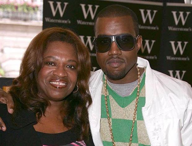 """Quá khứ """"kinh hoàng"""" của Kanye West: Nợ nần, tai nạn suýt chết, bệnh tâm thần và ám ảnh vì gián tiếp gây ra cái chết của mẹ - Ảnh 3."""