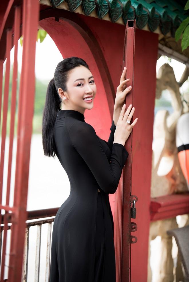 Người mẫu Võ Nhật Phượng từng muốn chết vì bị liệt nửa mặt - Ảnh 7.