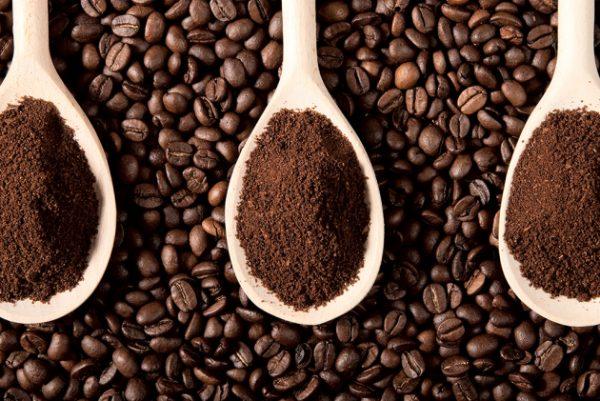 Hễ không uống cà phê là buồn ngủ, FDA: Uống quá nhiều caffeine có thể gây tử vong - Ảnh 3.