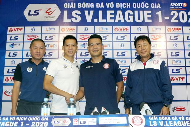 HLV Chu Đình Nghiêm: Hà Nội FC không bắt chặt Công Phượng - Ảnh 1.