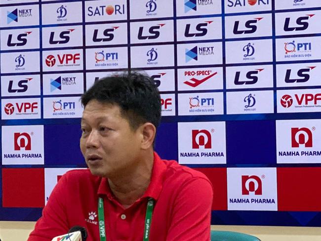HLV Hồng Phú: Nam Định không phàn nàn gì trọng tài - Ảnh 1.