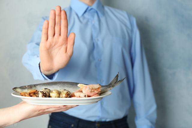 Là trung niên, hãy cẩn thận với 7 thực phẩm này, gan sẽ rất biết ơn vì cơ thể sạch sẽ - Ảnh 2.