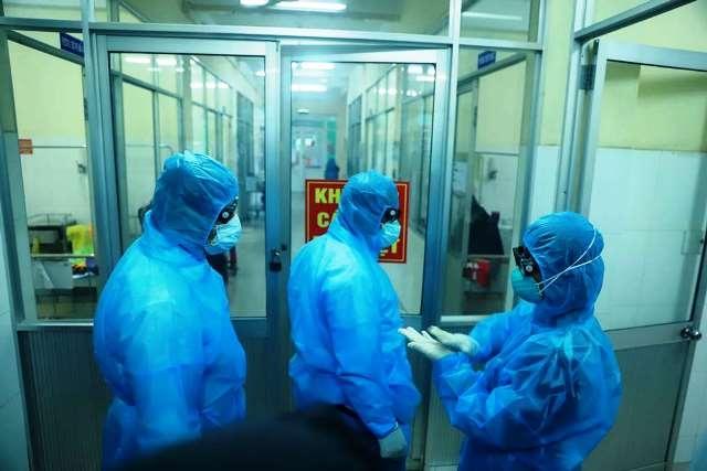 Sáng 23/8 không có ca mắc Covid-19 mới, 15 bệnh nhân tiên lượng rất nặng, 3 bệnh nhân nguy cơ tử vong cao - Ảnh 1.