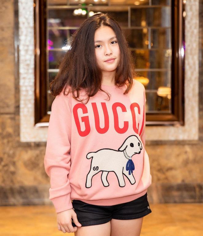 Chân dung cô con gái 17 tuổi phổng phao, sành điệu của Phượng Chanel - Ảnh 4.