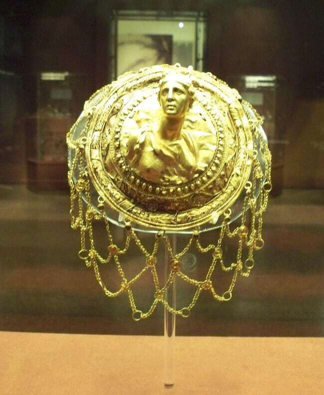 17 món đồ thời trang thời cổ đại khiến chúng ta ngạc nhiên về độ sành điệu của người xưa - Ảnh 16.