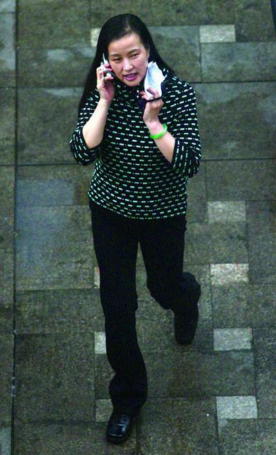 Lưu Hiểu Khánh: Minh tinh hạng A đánh mất tất cả, 422 ngày đen tối trong tù  - Ảnh 5.