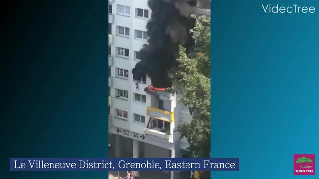 Nhà chìm trong biển lửa, cậu bé 10 tuổi nhanh trí cứu em 3 tuổi thoát chết khiến cả nước Pháp nể phục ca ngợi cả 2 là anh hùng - Ảnh 3.