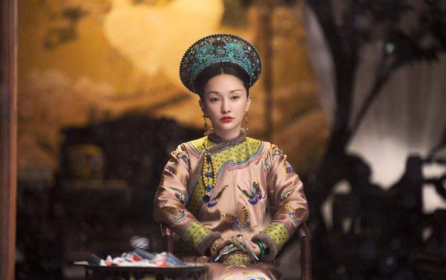 Quyền lực thật sự của các vị Hoàng hậu: Địa vị tối cao không phi tần nào dám đối đầu, là người duy nhất được ngủ qua đêm với Hoàng đế - Ảnh 1.