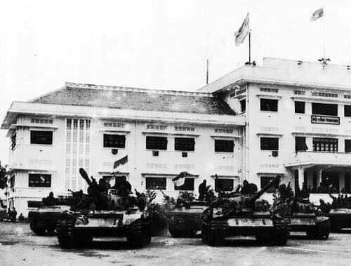 Trận chiến bi hùng của Bộ đội xe tăng Trung đoàn 273: 9 xe bị bắn cháy ngay trước giờ toàn thắng - Ảnh 7.