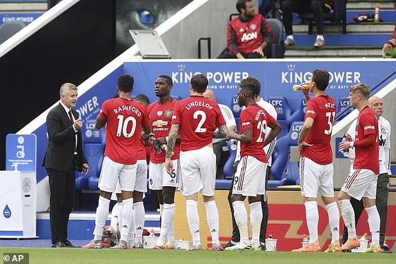 Thắng nghẹt thở nhờ penalty, Man United chính thức đoạt vé dự Champions League - Ảnh 1.