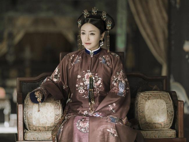 Quyền lực thật sự của các vị Hoàng hậu: Địa vị tối cao không phi tần nào dám đối đầu, là người duy nhất được ngủ qua đêm với Hoàng đế - Ảnh 3.