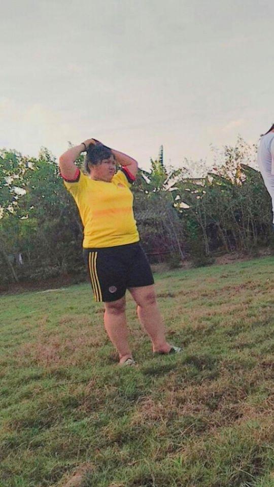 Cô gái nặng 89kg giảm 31kg ngoạn mục: Về quê, bạn bè gần như đứng hình khi gặp lại - Ảnh 2.