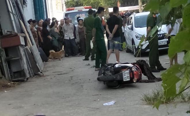 Người phụ nữ đi chợ lúc sáng sớm bị chặn đường đâm nhiều nhát dao tử vong - Ảnh 1.