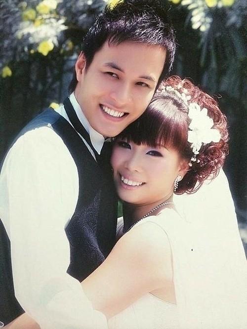 Nhan sắc của bà xã 12 năm bên diễn viên Hồng Đăng - Ảnh 2.